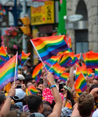 gay pride - Premier jalon pour le retour de la Contre-révolution