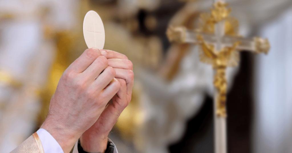 Interdiction de rassemblement dans les églises : une « atteinte grave et manifestement illégale » à « la liberté de culte »...