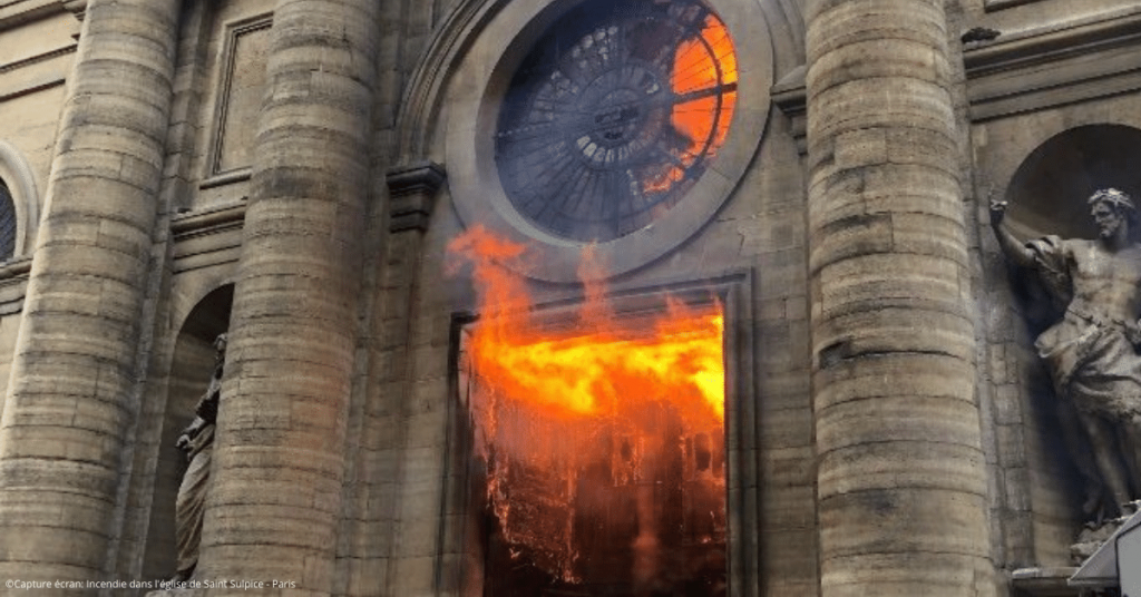 Capture ecran Incendie dans leglise de Saint Sulpice Paris 1024x536 - La France, pays le plus touché par la haine anti-chrétienne