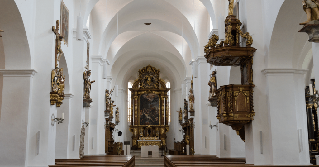 Attaques anti chretiens   assez de paroles des actes 5 1024x536 - Allemagne : une église vandalisée et un prêtre attaqué !
